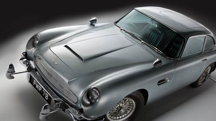 1964 Aston Martin DB5 Top Front Pose In Silver
